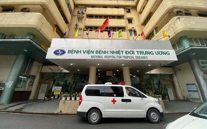Phong toả Bệnh viện Bệnh Nhiệt đới Trung ương cơ sở 2 do có ca dương tính mới Ảnh 1
