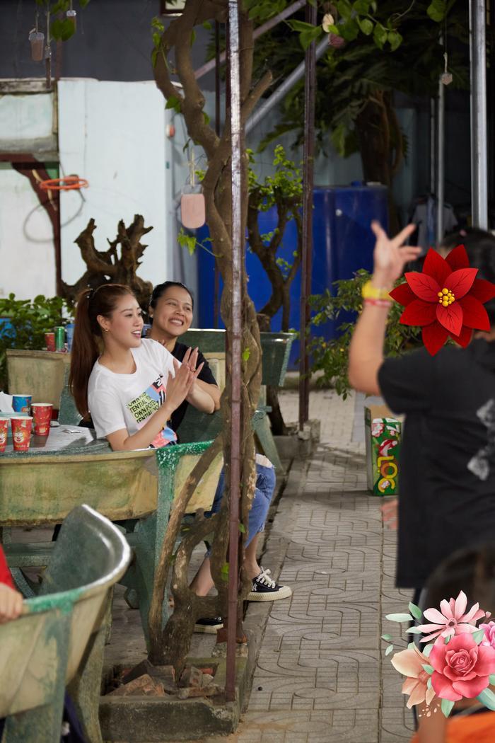 Style đối lập của Khánh Vân ở nhà và thi Quốc tế, beauty queen 'lột xác' thành công thật rồi! Ảnh 3