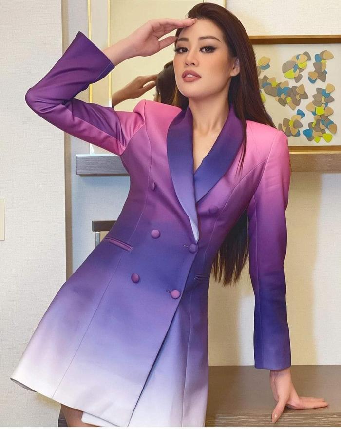 Style đối lập của Khánh Vân ở nhà và thi Quốc tế, beauty queen 'lột xác' thành công thật rồi! Ảnh 14