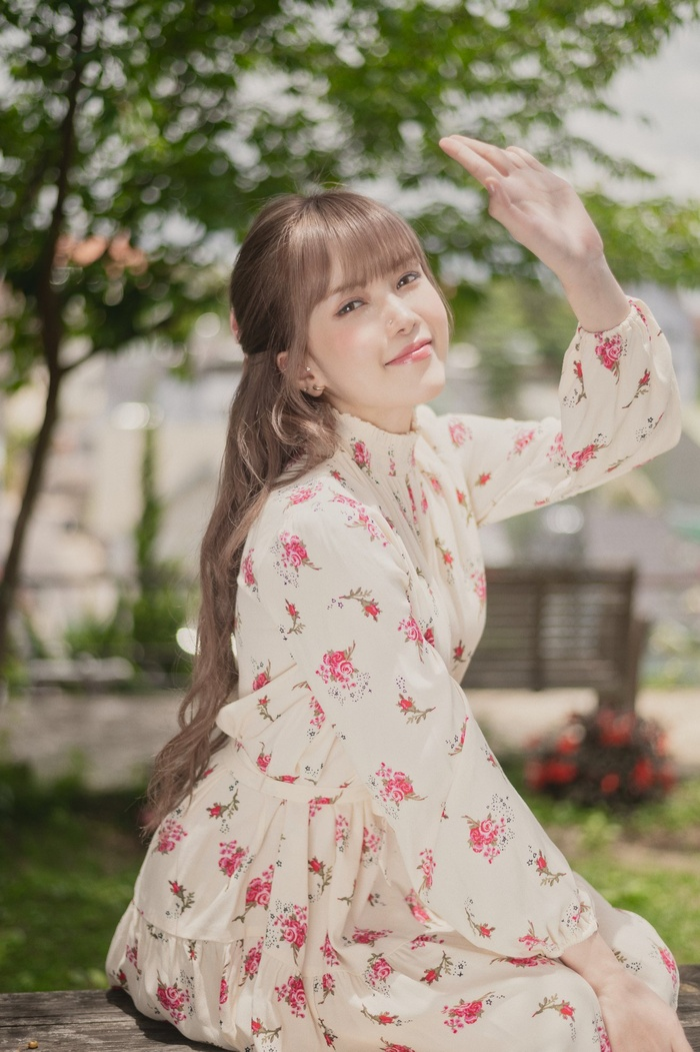 Love Rosie từ Thiều Bảo Trâm lại dính nghi vấn 'mượn' 80% ý tưởng MV nhóm indie Hàn Quốc? Ảnh 1