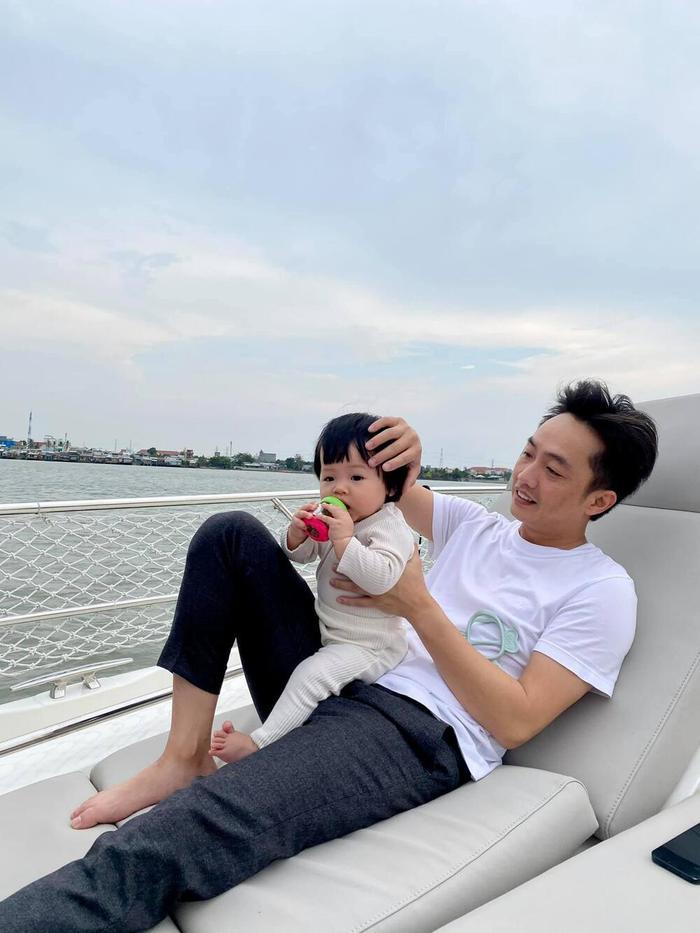 Đàm Thu Trang - Cường Đô La thừa nhận mắc một 'chứng bệnh' sau khi con gái chào đời Ảnh 7