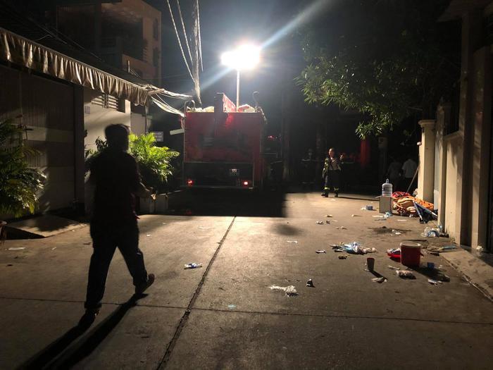 Hỏa hoạn làm 8 người tử vong: Nạn nhân đều là người trong cùng gia đình, căn nhà là nơi sản xuất hóa chất Ảnh 2