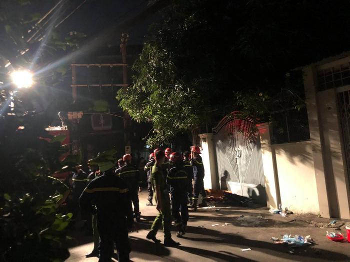 Hỏa hoạn làm 8 người tử vong: Nạn nhân đều là người trong cùng gia đình, căn nhà là nơi sản xuất hóa chất Ảnh 3