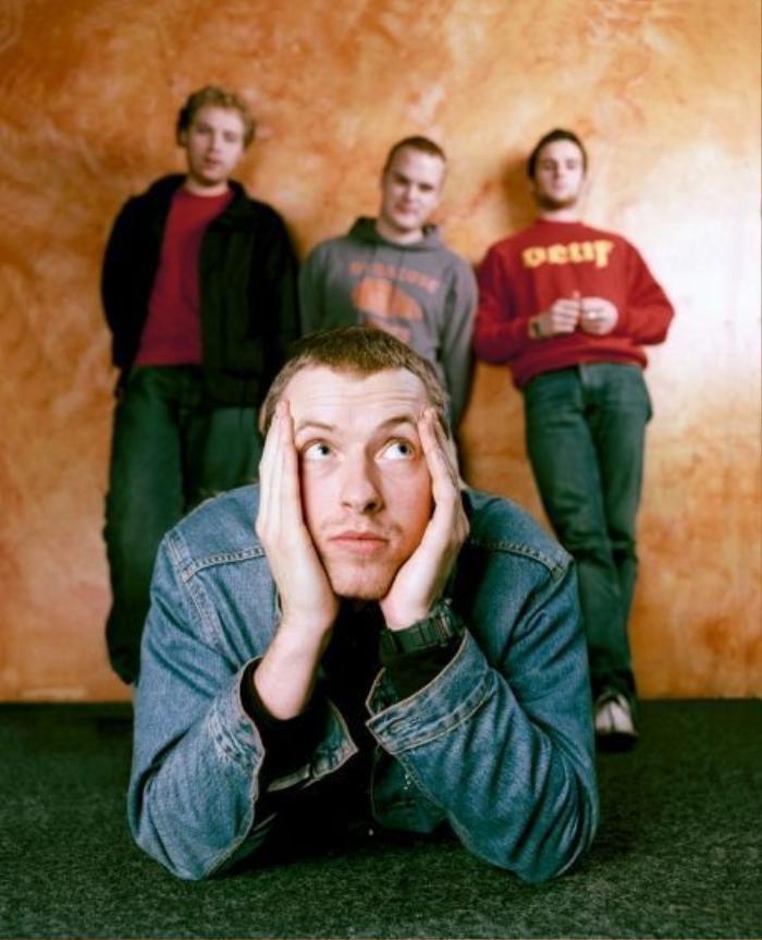 Có hay không cú bắt tay lịch sử giữa BTS và Coldplay? Ảnh 2