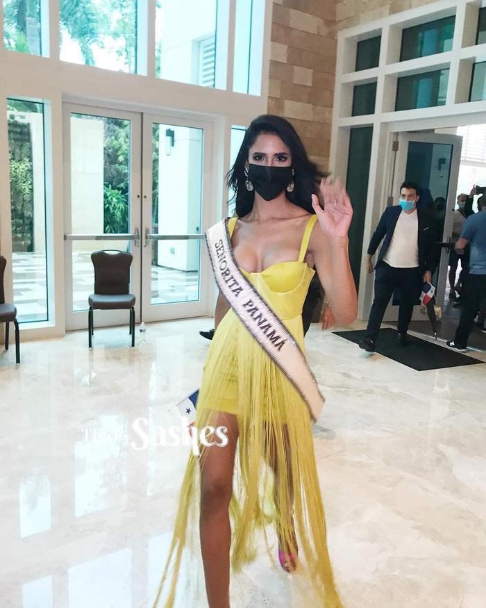 Người đẹp chủ nhà Mỹ bị chê ăn diện tềnh toàng, chìm nghỉm giữa dàn mỹ nhân Miss Universe Ảnh 7