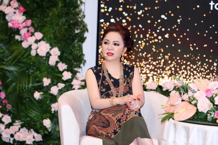 Con dâu mới của ông Dũng 'lò vôi' bị cộng đồng mạng tấn công, nguyên nhân được bà Phương Hằng tiết lộ Ảnh 5