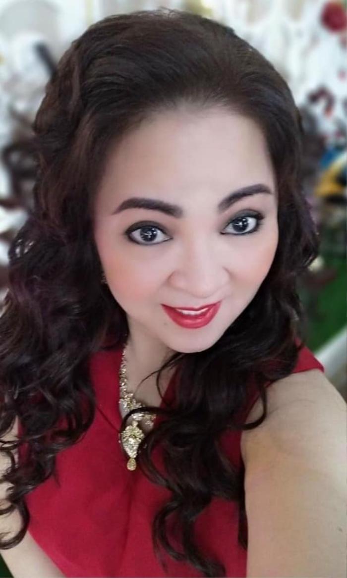 Con dâu mới của ông Dũng 'lò vôi' bị cộng đồng mạng tấn công, nguyên nhân được bà Phương Hằng tiết lộ Ảnh 4