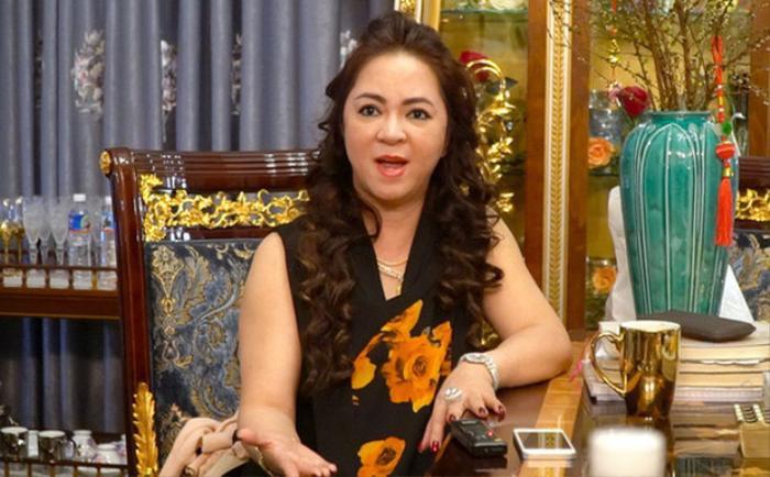 Nhạc sĩ Nguyễn Văn Chung chỉ đích danh bà Phương Hằng: 'Mang 10 nhẫn hột xoàn cũng không sang' Ảnh 3