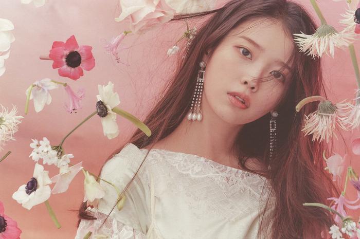 5 nam nữ idol K-Pop trả nợ cho cha mẹ sau khi trở thành thần tượng: IU đáng ngưỡng mộ nhất! Ảnh 3