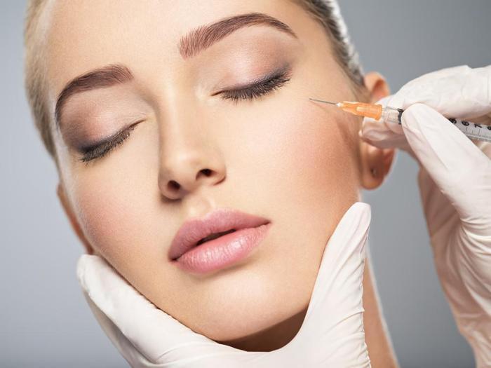 Thanh thiếu niên Mỹ 'sợ già', đổ xô đi tiêm botox vì muốn chống lão hóa sớm Ảnh 2
