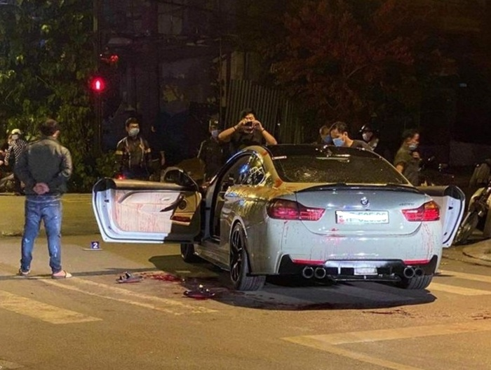 Hai người đi BMW bị chém trọng thương vì tiếng pô nổ to Ảnh 1