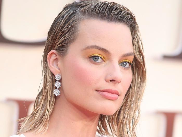 Bí quyết làm đẹp chẳng giống ai của Margot Robbie Ảnh 2