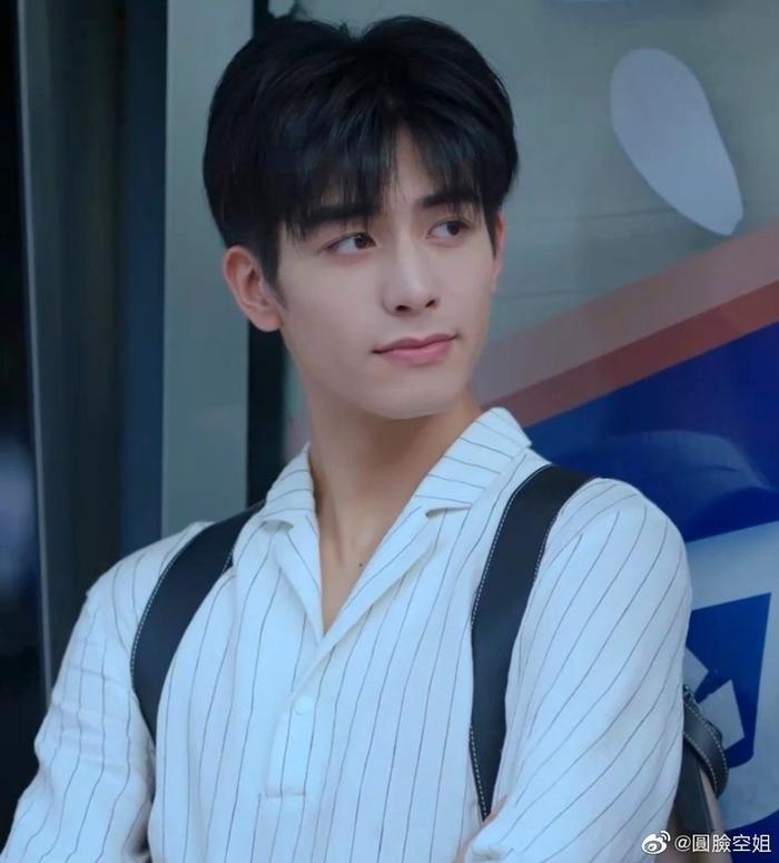 Vương Nhất Bác rời khỏi show 'Bước nhảy đường phố' mùa mới, 'nhường' vị trí cho người mới? Ảnh 4