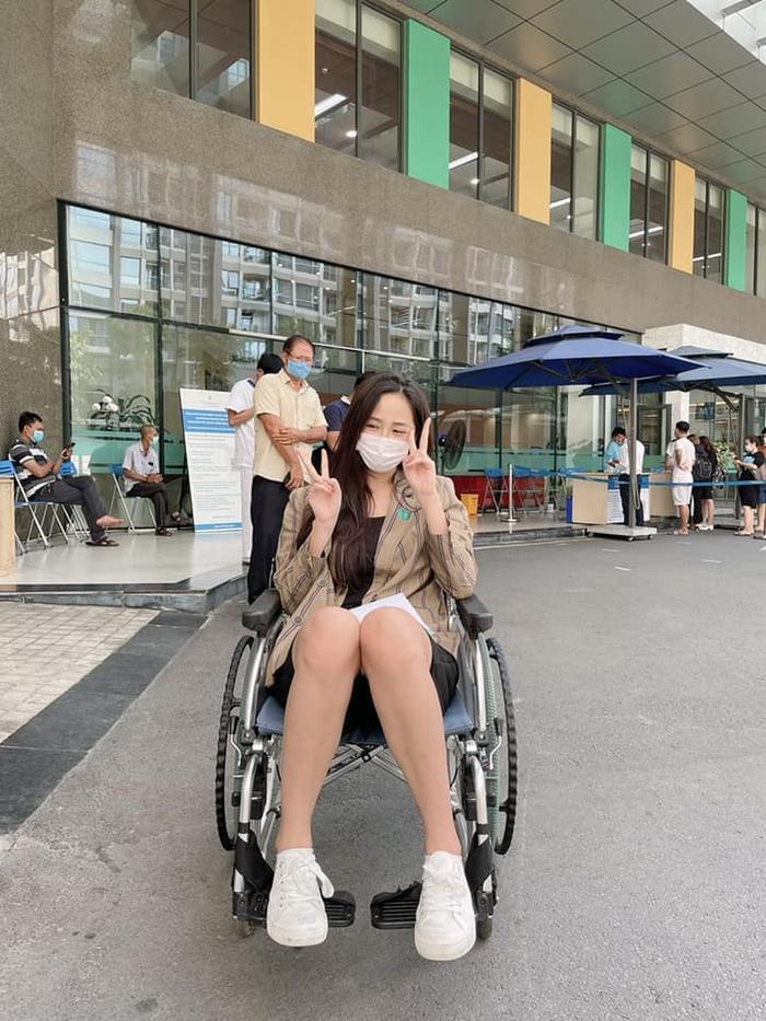 Mai Phương Thuý nhập viện trong đêm vì đau tim, khó thở Ảnh 3