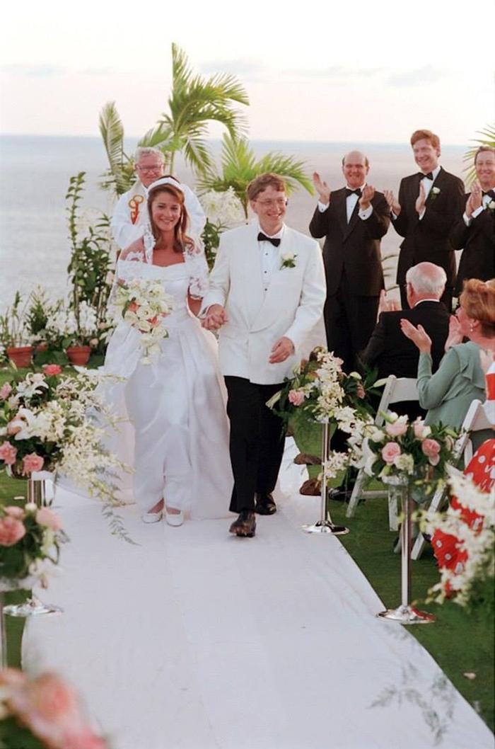 Bill Gates tâm sự với bạn bè rằng cuộc hôn nhân với vợ từ lâu đã 'không có tình yêu' Ảnh 2