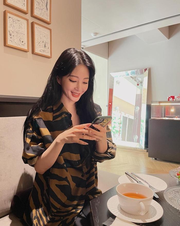 Mỹ nhân Han Ye Seul gây sốc khi công khai bạn trai, người hâm mộ gửi lời chúc mừng Ảnh 2