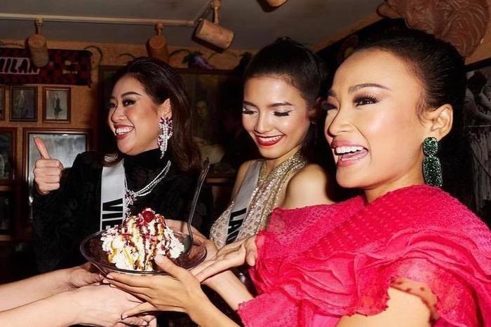 Hoa hậu Khánh Vân bị lộ nọng cằm nhưng fan lại mừng rỡ vô cùng, lạ chưa! Ảnh 3