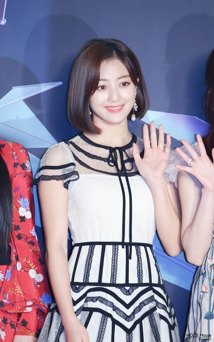 BXH dàn idol Kpop visual đẹp từ bé: Suzy vượt mặt Yoona nhưng sao chẳng thấy bóng dáng BLACKPINK? Ảnh 20