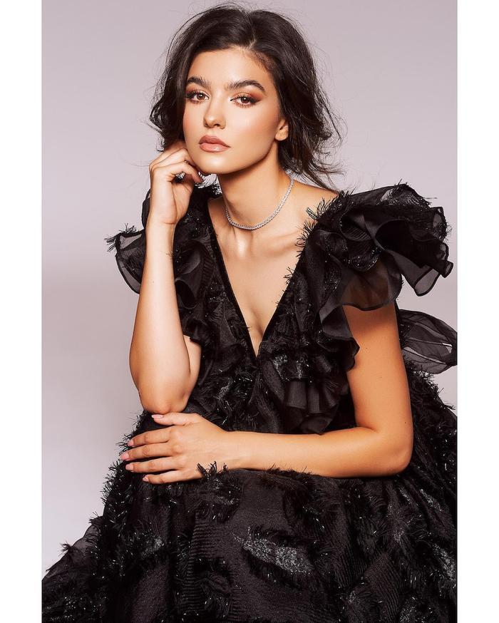 Sát giờ G - Missosology đưa Khánh Vân cán đích Top 10 và 'đẩy' Philippines lên á hậu 4 Miss Universe Ảnh 2