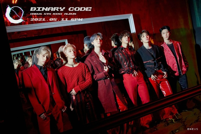 Nhiều lần trầy trật, boygroup đàn em Mamamoo - ONEUS đã có màn comeback đầy khởi sắc với 'Black Mirror' Ảnh 11