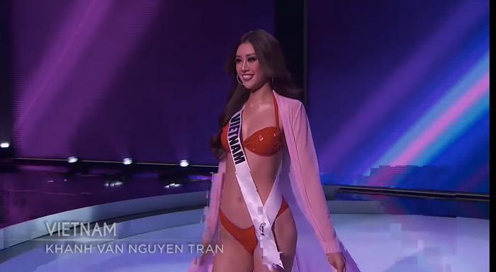 Khánh Vân đốt cháy bán kết Miss Universe với body rực lửa: Catwalk thần sầu, pose dáng tạo hit siêu đỉnh Ảnh 4