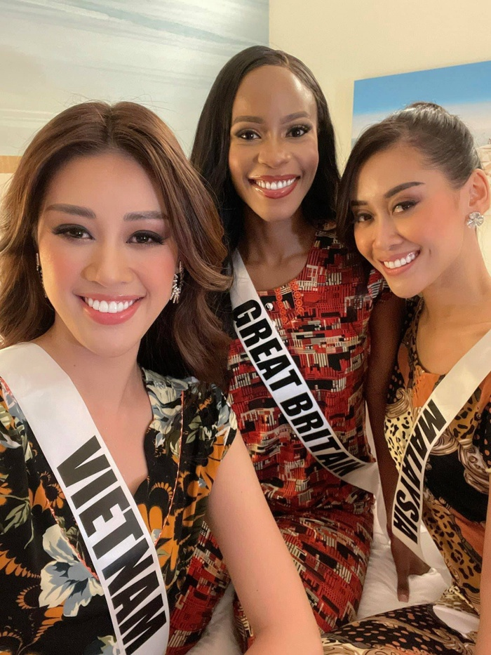 Hành trình lọt Top 21 Miss Universe của Khánh Vân: Trái tim yêu thương tỏa sáng với sự ấm áp Ảnh 21