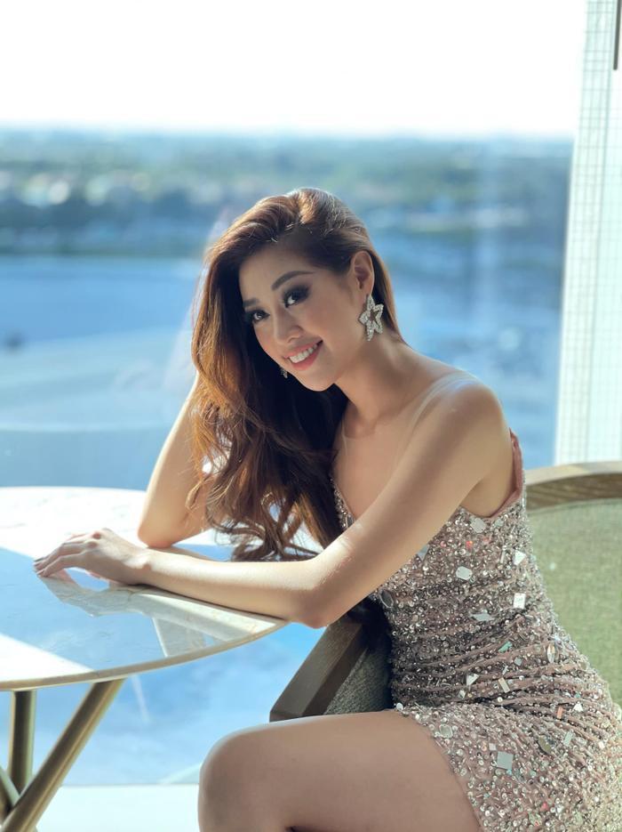 Hành trình lọt Top 21 Miss Universe của Khánh Vân: Trái tim yêu thương tỏa sáng với sự ấm áp Ảnh 15