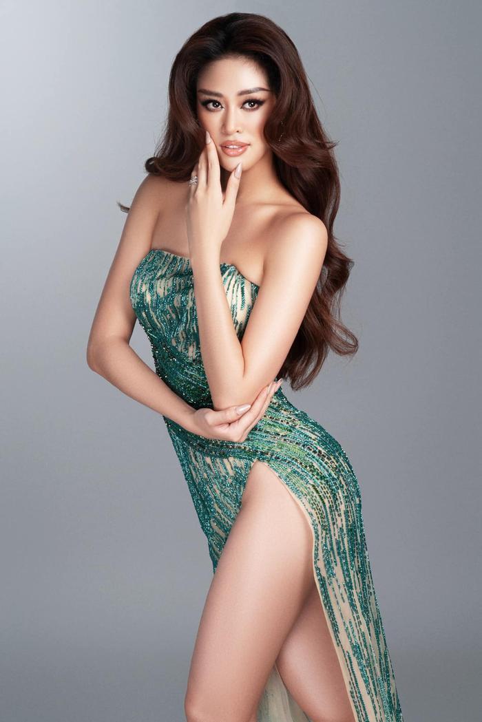 7 giây 'thần thánh' của Khánh Vân mở màn bán kết Miss Universe: Trái tim ấm áp - Thần thái rạng ngời Ảnh 8