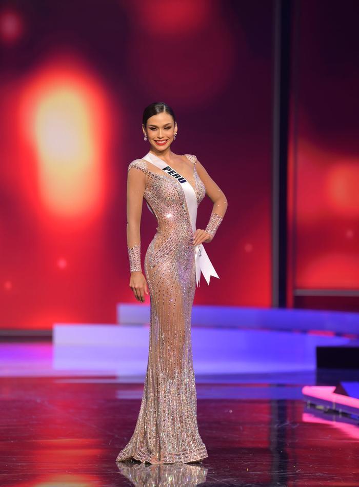 10 bộ váy dạ hội đẹp nhất bán kết Miss Universe: Khánh Vân xứng đáng giật giải Best Evening Gown Ảnh 7