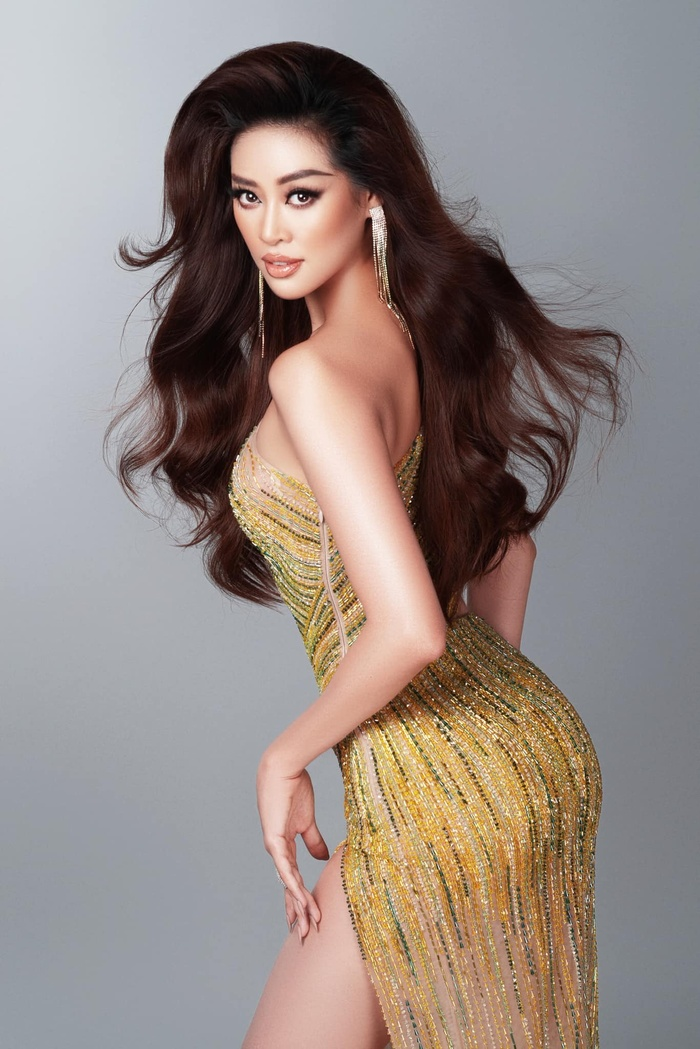 7 giây 'thần thánh' của Khánh Vân mở màn bán kết Miss Universe: Trái tim ấm áp - Thần thái rạng ngời Ảnh 9