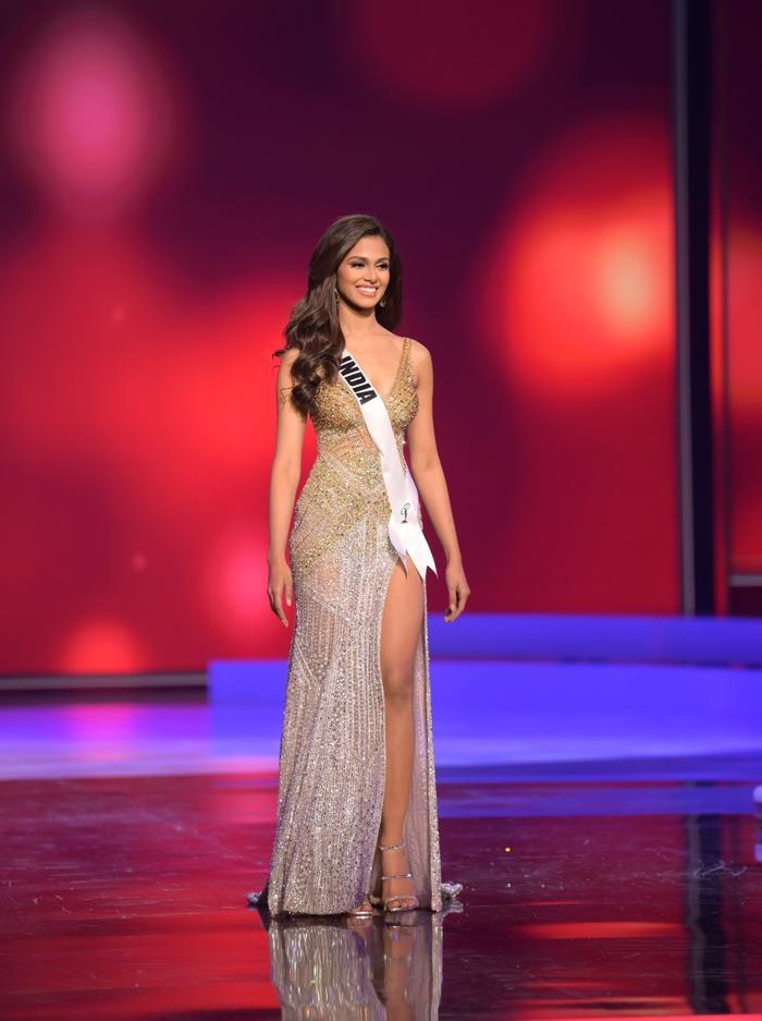10 bộ váy dạ hội đẹp nhất bán kết Miss Universe: Khánh Vân xứng đáng giật giải Best Evening Gown Ảnh 10