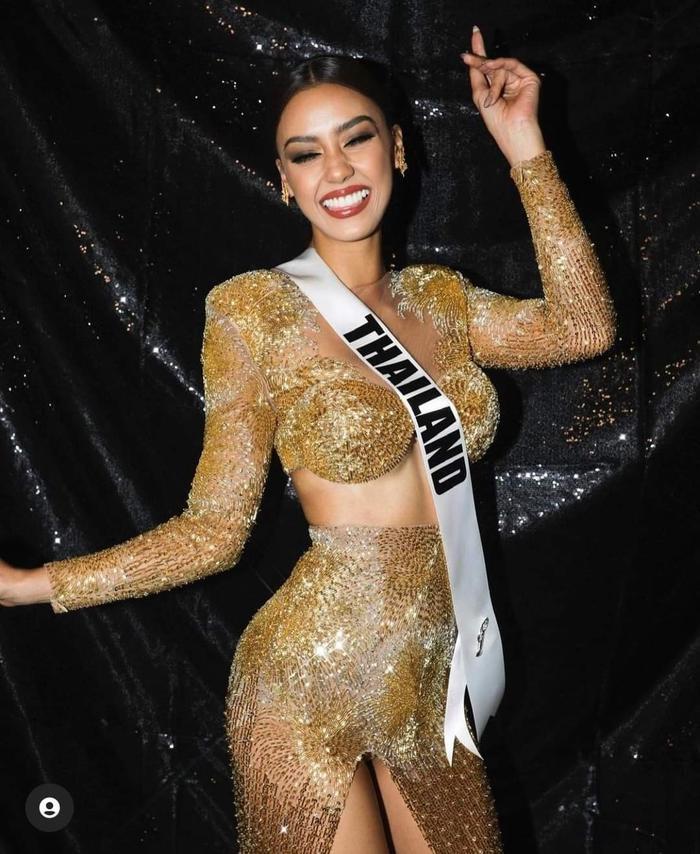 Hoa hậu Thailand bị chê vòng 1 như hai gáo dừa 'giả trân' tại Bán kết Miss Universe 2020 Ảnh 5