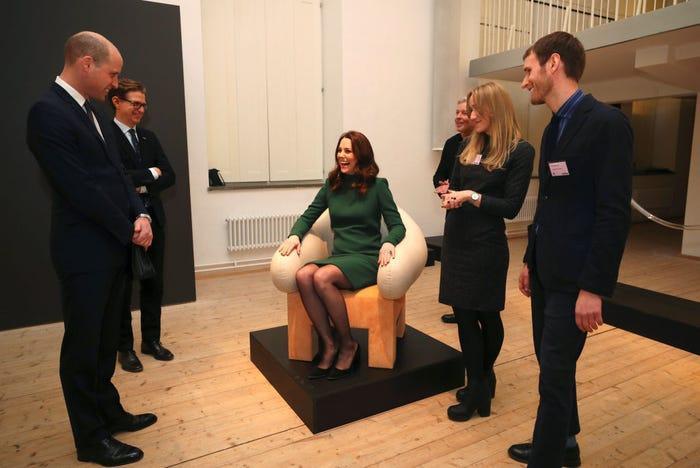 17 bức ảnh cho thấy Hoàng tử William và Kate cũng như bao cặp đôi bình thường Ảnh 10