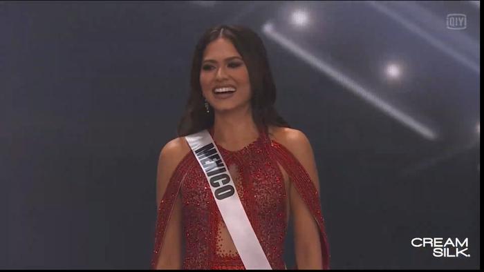 Trực tiếp chung kết Miss Universe 2020: Công bố top 5, người đẹp Mexico - Brazil - Peru đều góp mặt Ảnh 71