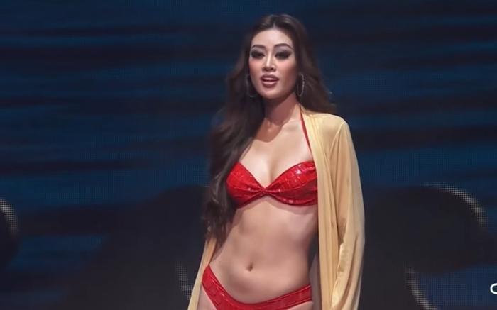 Chung kết Miss Universe: Khánh Vân diện bikini đỏ 'bung xõa', tự tin chặt chém dàn người đẹp Ảnh 1