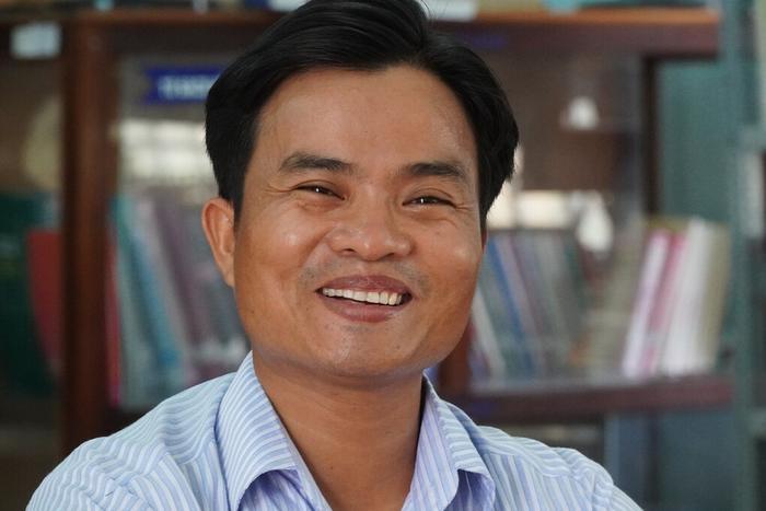 Bình Thuận khen thưởng thầy giáo kịp thời cứu học trò gặp tai nạn giao thông Ảnh 1