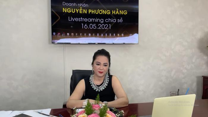 Lần hiếm hoi bà Nguyễn Phương Hằng nhắc đến người thân duy nhất, khẳng định đã 'cạch mặt' anh chị em Ảnh 2