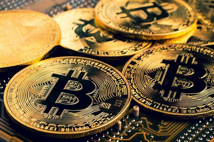 Trung Quốc 'cấm cửa' tiền số, Bitcoin lao dốc không phanh Ảnh 1