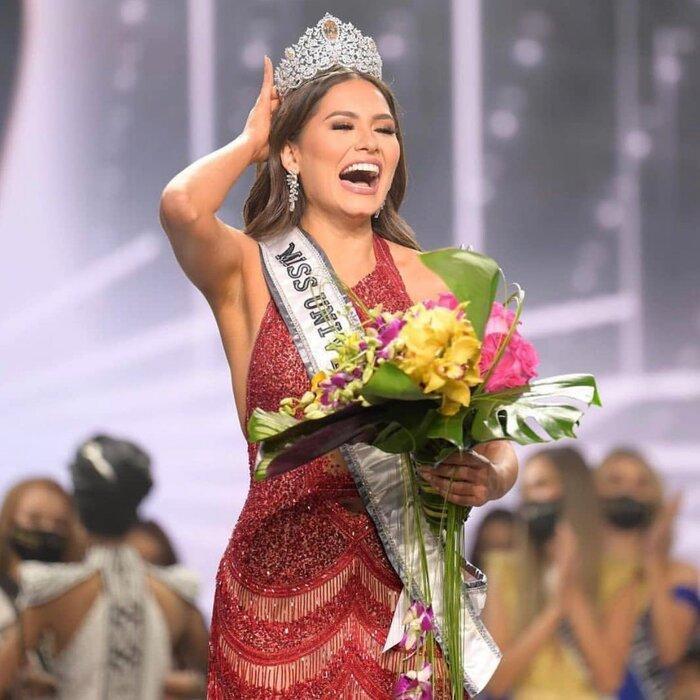 Những bí quyết giúp Hoa hậu Hoàn vũ 2020 Andrea Meza sở hữu body nóng bỏng Ảnh 1
