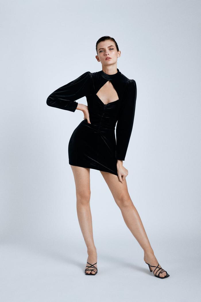 Little Black Dress - Bí quyết chọn mẫu váy đen huyền thoại theo từng dáng người Ảnh 2