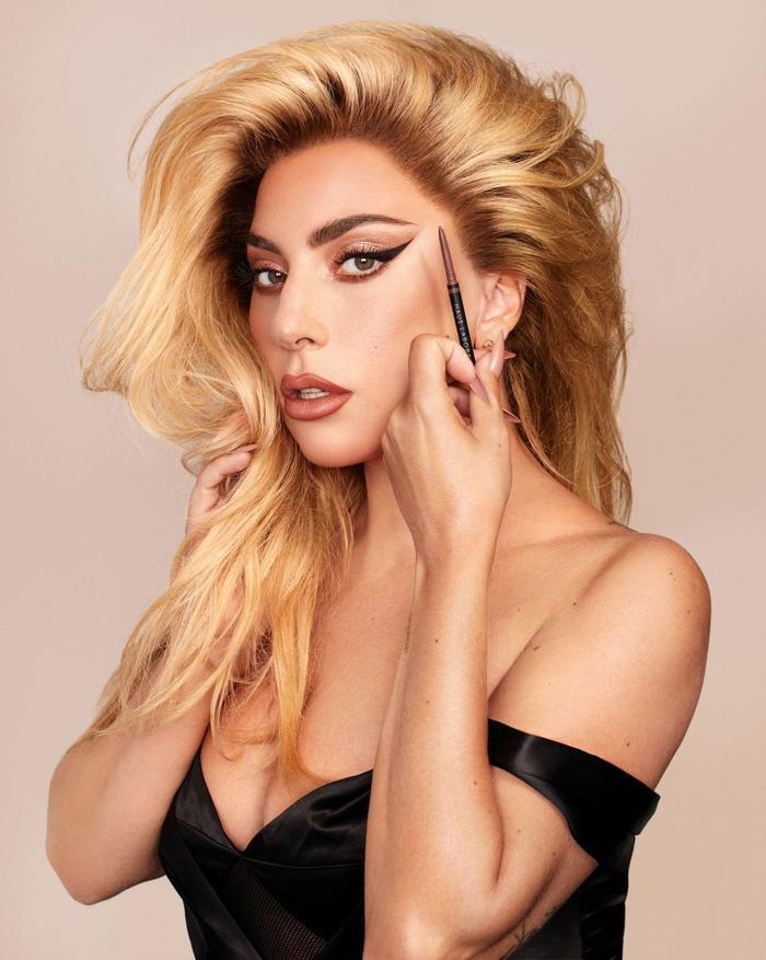 Lady Gaga gây sốc khi lần đầu tiết lộ chuyện bị lạm dụng và phá thai khi chỉ mới 19 tuổi Ảnh 7