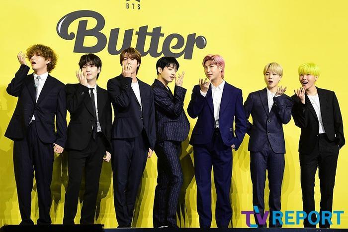 Ngắm nhìn loạt khoảnh khắc BTS 'thật là vàng tươi' trong họp báo comeback Butter Ảnh 3