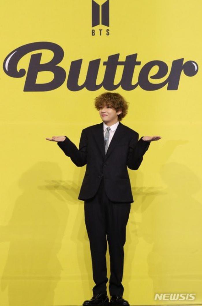 Ngắm nhìn loạt khoảnh khắc BTS 'thật là vàng tươi' trong họp báo comeback Butter Ảnh 10