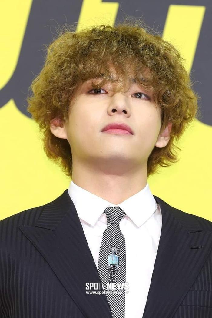 Ngắm nhìn loạt khoảnh khắc BTS 'thật là vàng tươi' trong họp báo comeback Butter Ảnh 13