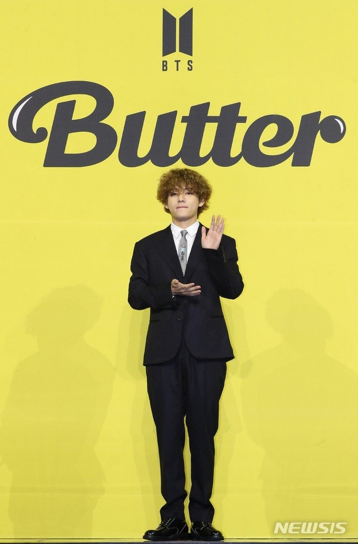 Ngắm nhìn loạt khoảnh khắc BTS 'thật là vàng tươi' trong họp báo comeback Butter Ảnh 8