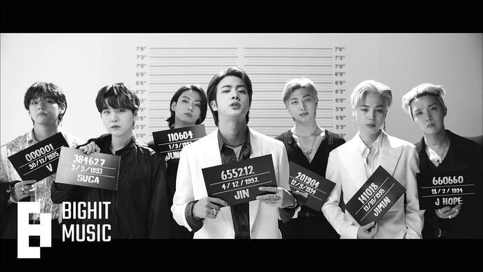 Ngắm nhìn loạt khoảnh khắc BTS 'thật là vàng tươi' trong họp báo comeback Butter Ảnh 1