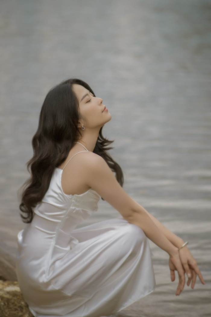Nhan sắc của Nam Em trong bộ ảnh mới, đủ lực chinh chiến Miss Universe Việt Nam chưa? Ảnh 1