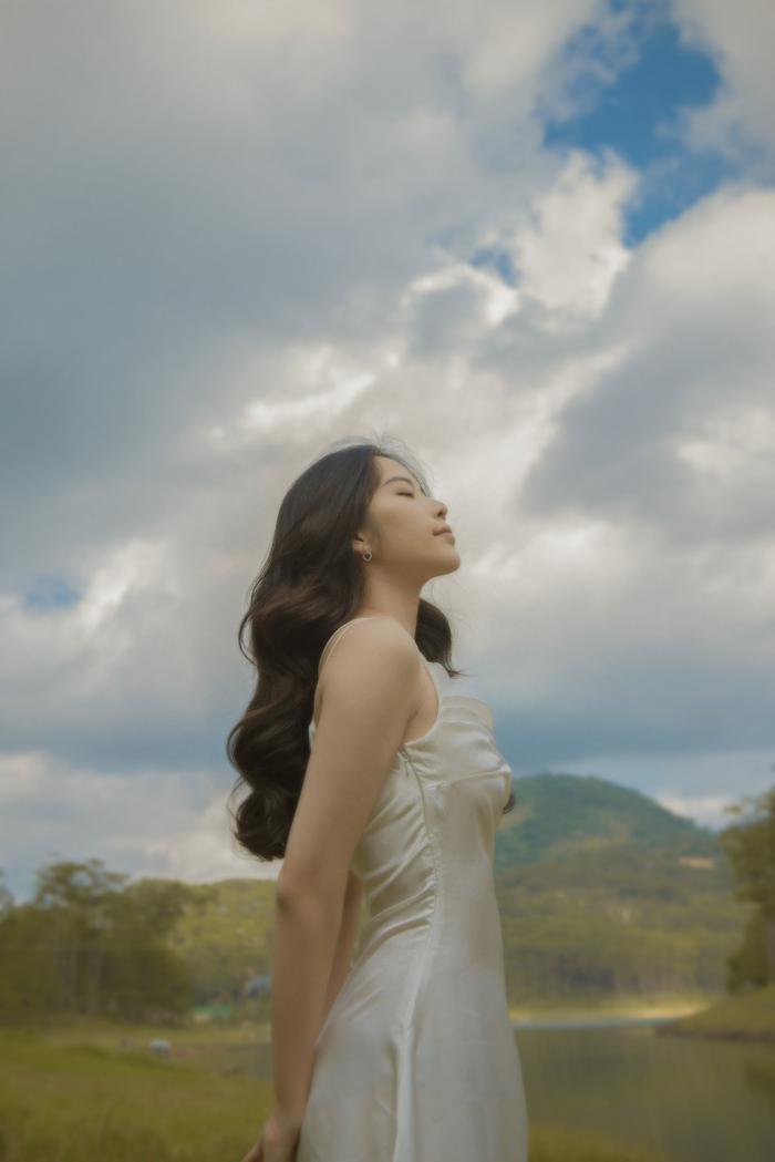 Nhan sắc của Nam Em trong bộ ảnh mới, đủ lực chinh chiến Miss Universe Việt Nam chưa? Ảnh 13