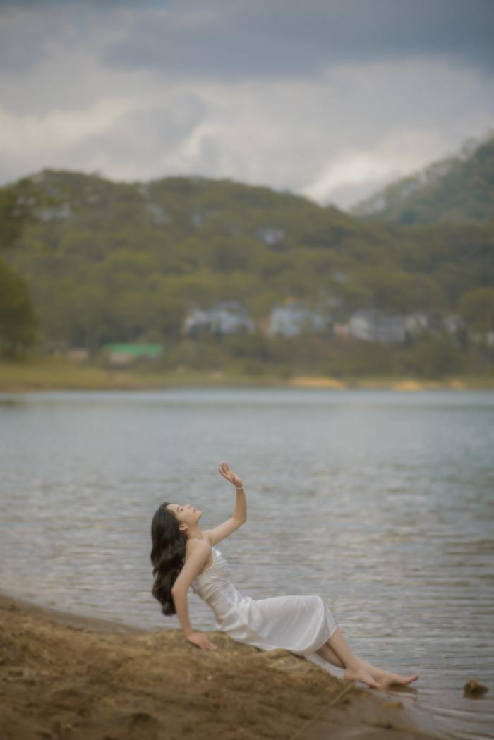 Nhan sắc của Nam Em trong bộ ảnh mới, đủ lực chinh chiến Miss Universe Việt Nam chưa? Ảnh 5