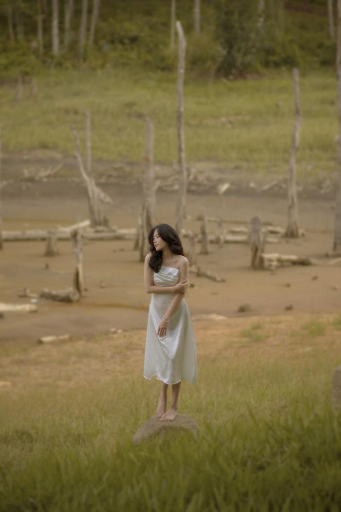 Nhan sắc của Nam Em trong bộ ảnh mới, đủ lực chinh chiến Miss Universe Việt Nam chưa? Ảnh 6